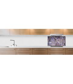 crédence marbre violet hotte